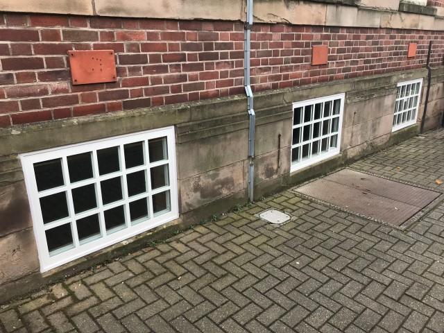 Flood windows